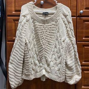 Cream Express chunky, bell sleeve sweater